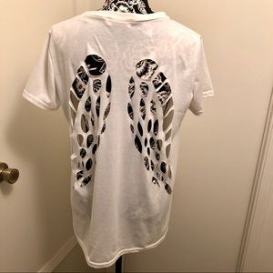 Angel wing cut out tee